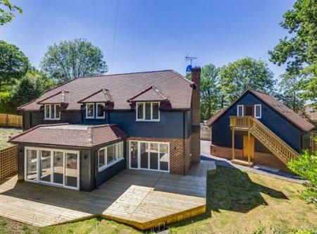 HardiePlank®: Making bold design statements in South Chiltern Village