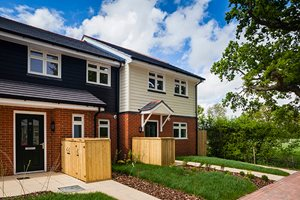 HardiePlank®: Terraced Houses Grigg Lane finishes with a half wrap